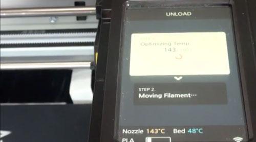 Filamento automático de carga / descarga