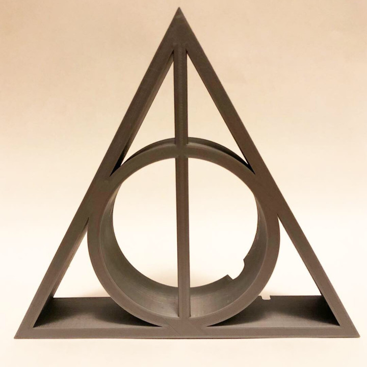 Deathly Hallows Echo Stand2